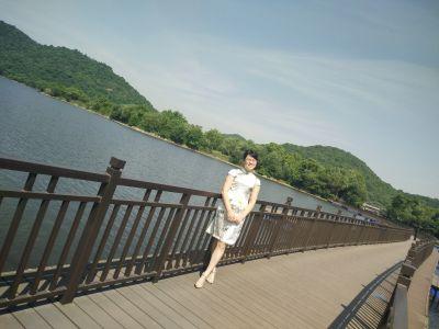 许霞事迹(贺州)